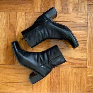 Vintage Black Leather Block Heel Ankle Boot 7